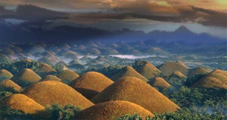 the chocolate hills phillipines